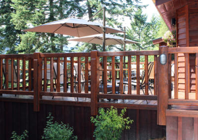 cedar-house-restaurant-patio
