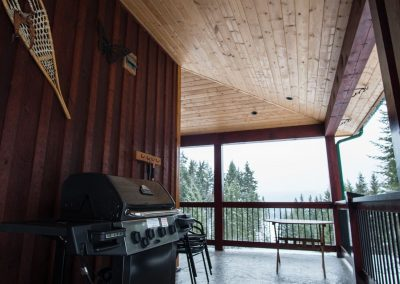 green-chalet-accommodation-golden-bc-05