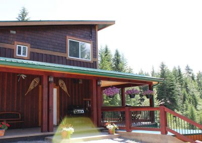 green-chalets-accommodation-golden-bc-56