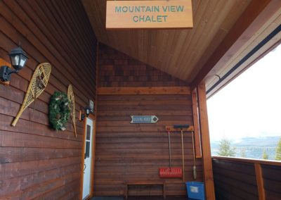 mountain-view-chalet-04