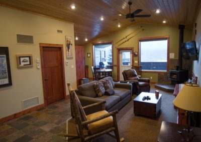 Cedar_House_Chalets_Golden_Accommodation_Dragonfly_Chalet_Living_Area (1)