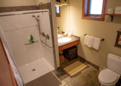 Cedar_House_Chalets_Golden_Accommodation_Mountain_View_Chalet_Bathroom (1) - Copy