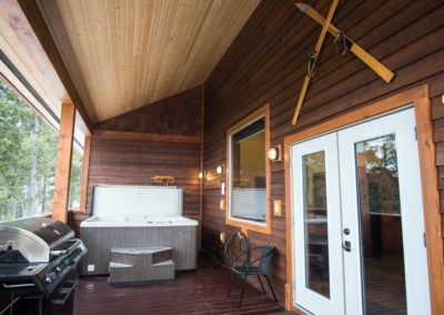 Cedar_House_Chalets_Golden_Accommodation_Mountain_View_Chalet_Deck (2) - Copy