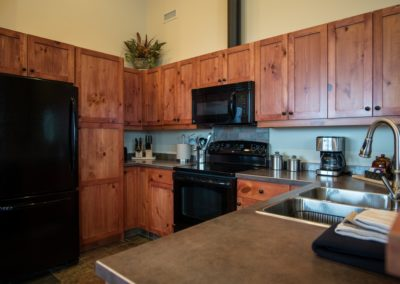 Cedar_House_Chalets_Golden_Accommodation_Mountain_View_Chalet_Kitchen (1) - Copy